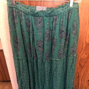 Old Navy Long Flowy Skirt SZ L